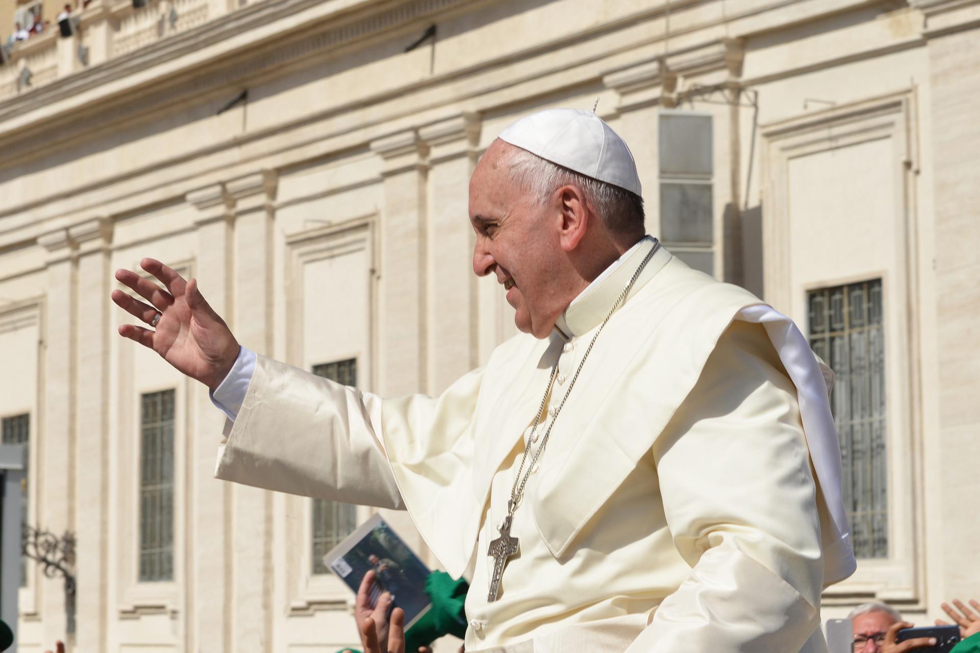 El Vaticano reforma las leyes canónicas criminalizando el abuso sexual12 - El Vaticano reforma las leyes canónicas criminalizando el abuso sexual